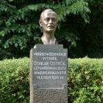 pomník Otakara Ostrčila výřez
