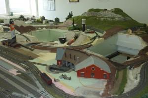 snímek ze stavby kolejiště